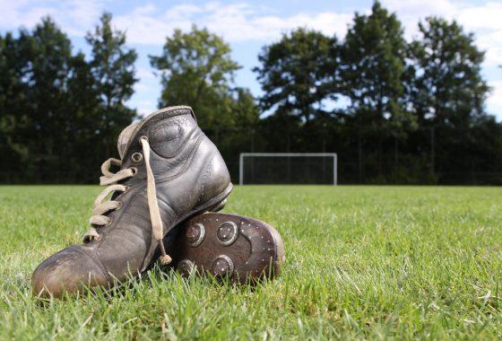 Voetbalschoenen…